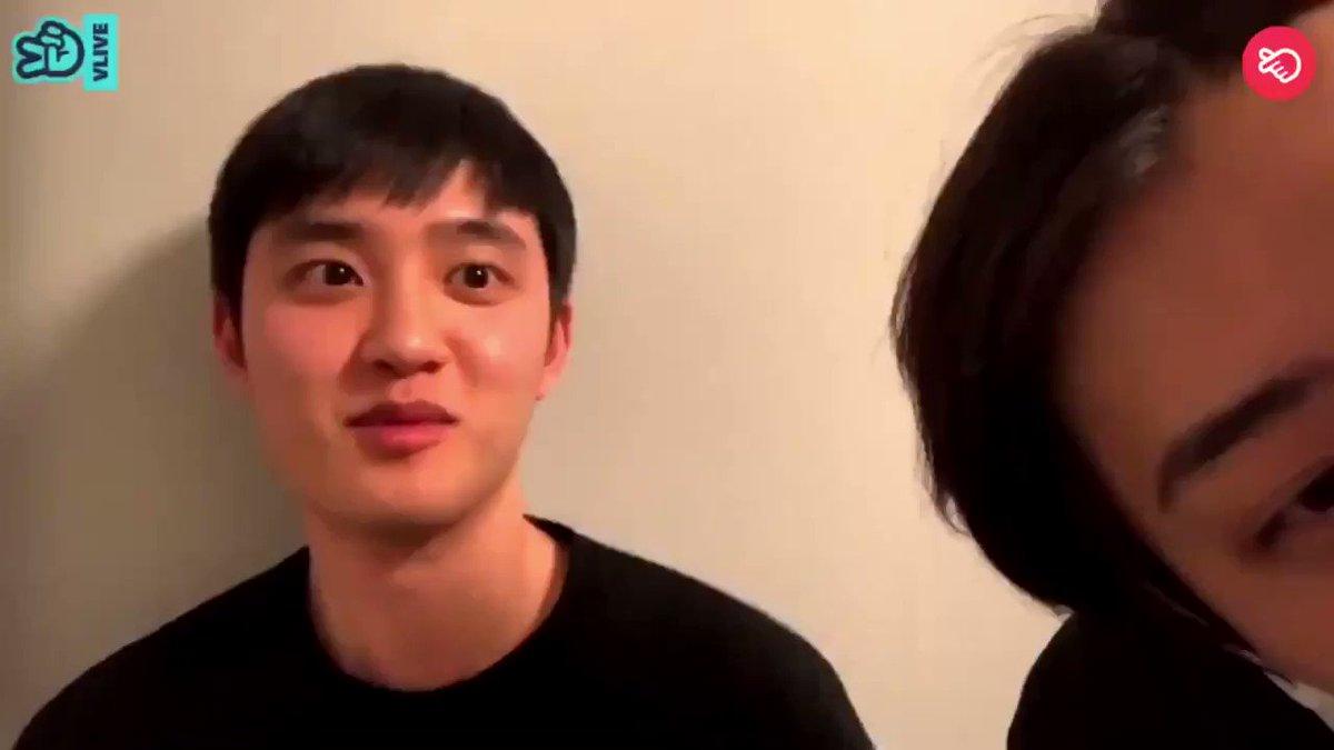 ซฮ : แอคโย่หน่อยคับ  คซ : ทำไม่ได้อะ ไปเลยนะ!  ซฮ : ทำเลยๆ เดี๋ยวผมอยู่ข้างๆ คซ : ไม่เอา.. ถ้านายอยู่ตรงนี้ ซฮ : อยากเห็น cheek heart มั้ยคับ?  คซ : ไม่เอา!  ซฮ : ถ้าอยากเห็นคอมเม้นท์หัวใจมาเยอะๆเลยคับ!... ไม่ผิดหวังเลย exo-l !  คซ : หยุดส่งหัวใจนะครับ