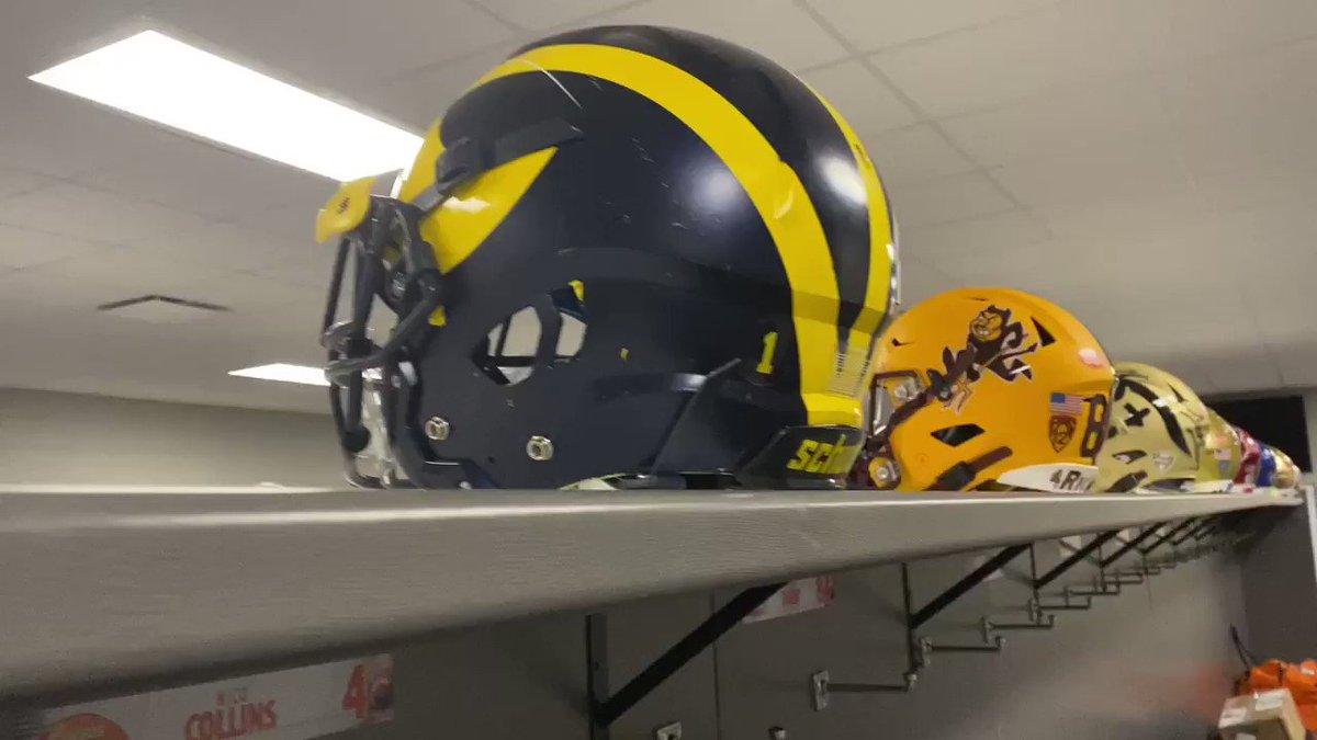 A look inside National squad locker room at 2021 Reese's Senior Bowl. 👀 #TheDraftStartsInMobile