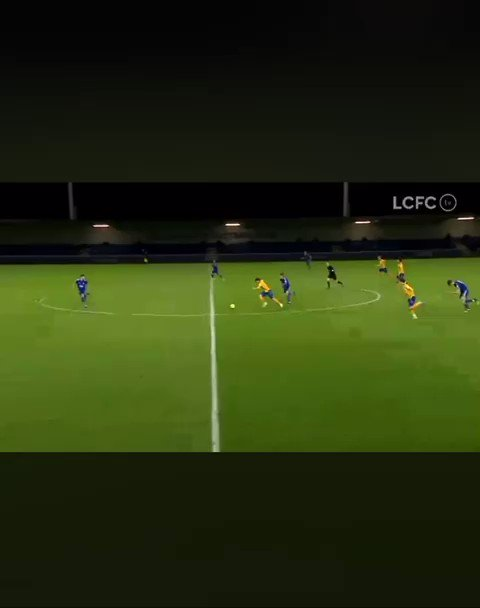 Not a bad couple of nights for Thierry Small. Everton's youngest ever player scores the opener in Everton U23s 4-2 win over Leicester. #EFC