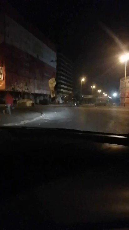 ساحة النور الان بعد حصول مواجهات عنيفة حصيلتها ٤٥ جريحا #طرابلس #لبنان_ليس_بخير