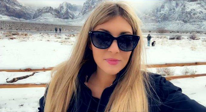 Outside Vegas in the snow ❄️🥶☃️ https://t.co/tKNvYBwQ0W