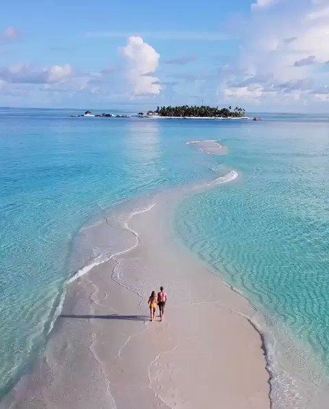 #paradise #vibes #travel #vacation #luxury #romances #maldives 🇲🇻 #arabiansea 🌊 #wowplaces #indianocean 🌊