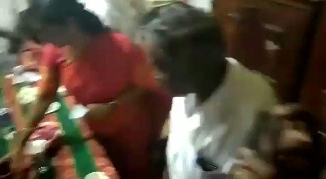 Replying to @Karuppusaravan3: பிள்ளையார் சிலையை உதாசீனபடுத்திய கனிமொழி  இந்துக்கள் ஓட்டு மட்டும் வேணும் 😡😡😡