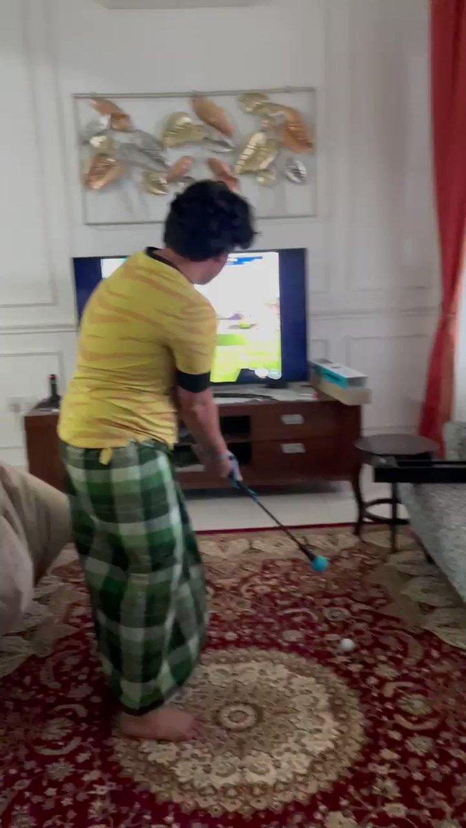 Brb habis PKP I jadi the next Tiger Woods 🤣🤣