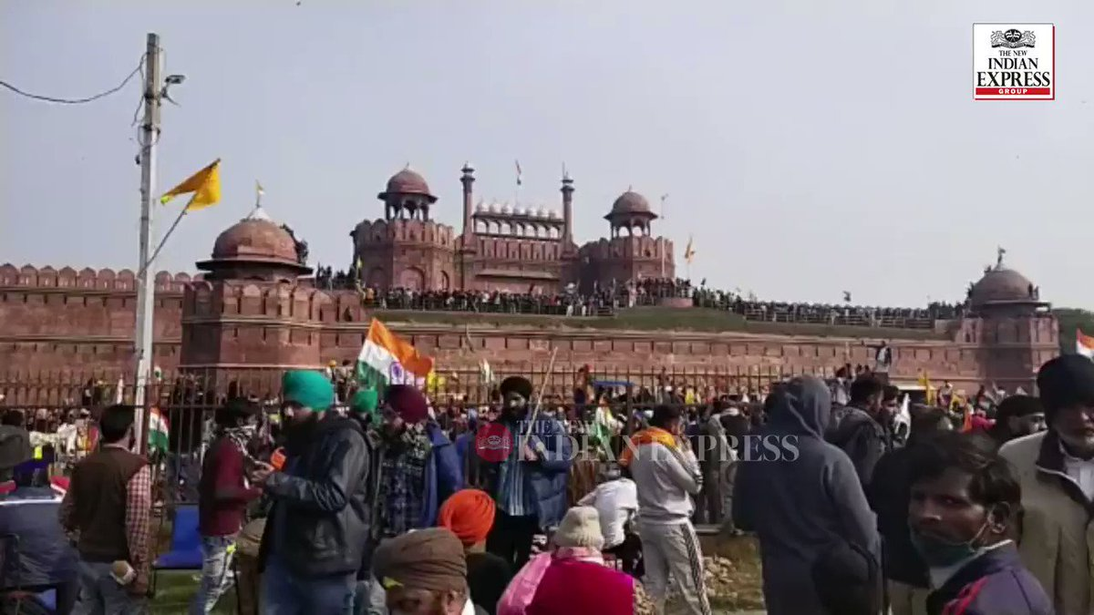 Scenes from #RedFort.  Express video | @parveennegi1. #FarmersProtest #FarmersProtests