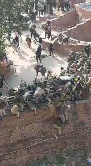 Delhi: Protestors attacked Police at Red Fort, earlier today. #FarmersProtest #FarmersBill #RedFort #Farmers