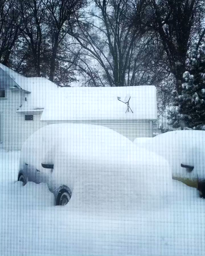 Snow is all fun and games till you have to dig your car out of it..!! #iowa #winter #snow