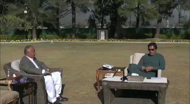 وزیراعظم عمران خان سے گورنر خیبر پختونخوا شاہ فرمان کی ملاقات  #APPNews #Pakistan #PMImranKhan #PMIK  @PakPMO @ImranKhanPTI @ShahFarman_PTI