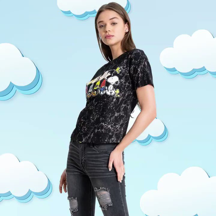 Graphic tees! 😱😱😱  #Shasa #Graphictees #CharlieBrown  #fun   Charlie: