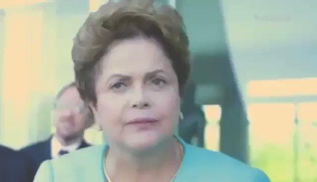 """A Dilma era """"agressiva"""" e """"desequilibrada"""", dizia a imprensa.  Bolsonaro, que hoje disse que era para a imprensa """"enfiar latas de leite condensado no cu"""", não.  Bem, aí está o """"desequilíbrio"""" da Dilma com a imprensa."""