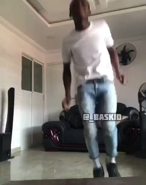 I just had to jump on this mad beat by @LorrdSky .....Eyes on my legs👣  #lordsky #TheChallenge36 #Dance #Respectfully #DANCEDANCEDANCE @TundeEddnut @iamDo2dtun