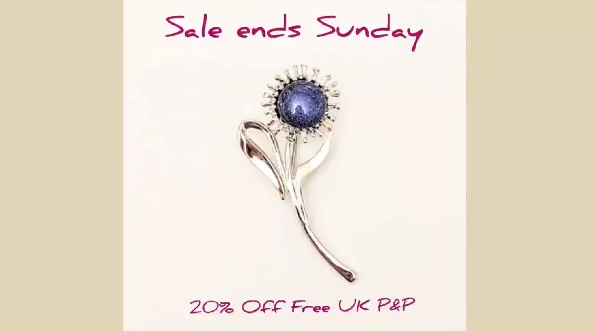 Happy Thursday 🙂 and as we head towards the weekend let me remind you that my big sale ends on Sunday so please take a look! Free UK Gift P&P  🎈 #MHHSBD #EarlyBiz #ukcraftershour  #UKEtsyRT #UKGiftAM #smartsocial @ICCollabCreate 🎈
