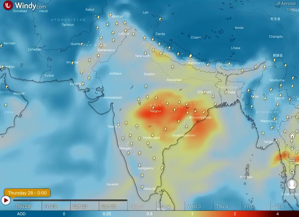 Huge area of haze & #AirPollution across southern Asia with especially high values of aerosol optical depth recirculating around central India in latest @CopernicusECMWF Atmosphere Monitoring Service @ECMWF forecast visualized by @windyforecast windy.com/-Aerosol-aod55… #AirQuality