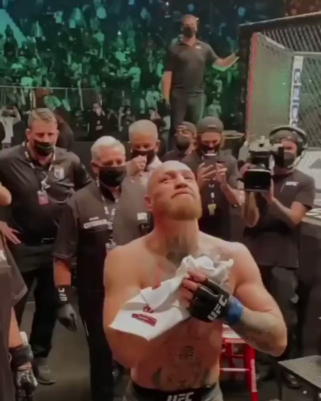 👀 Conor Mcgregor entering the cage at UFC 257. #ufc #ufc257 #mcgregor #poirier #mcgregorvspoirier2 #khabib #nurmagomedov