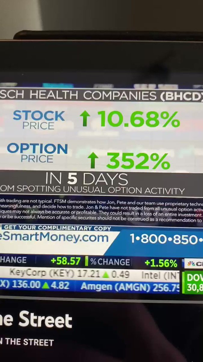 I'm sorry but the hypocrisy of @CNBC running an ad for people advertising following their trades while blasting @wsbmod is crazy to me! Anyone else?! #RobinHood #amcstock #letthepeopletrade