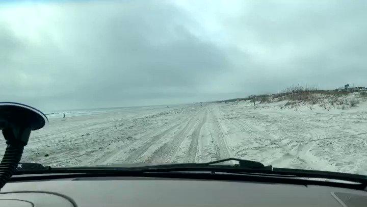 4x4 beach drive.  St. Augustine. Anastasia Island. Florida. January 2021 https://t.co/LfbhZikgYS