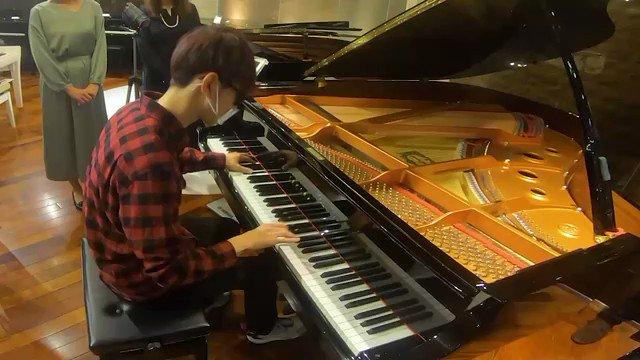 音ゲー難関曲の作曲家とヤマハの自動演奏ピアノを対決させてみたら凄いことになりました…