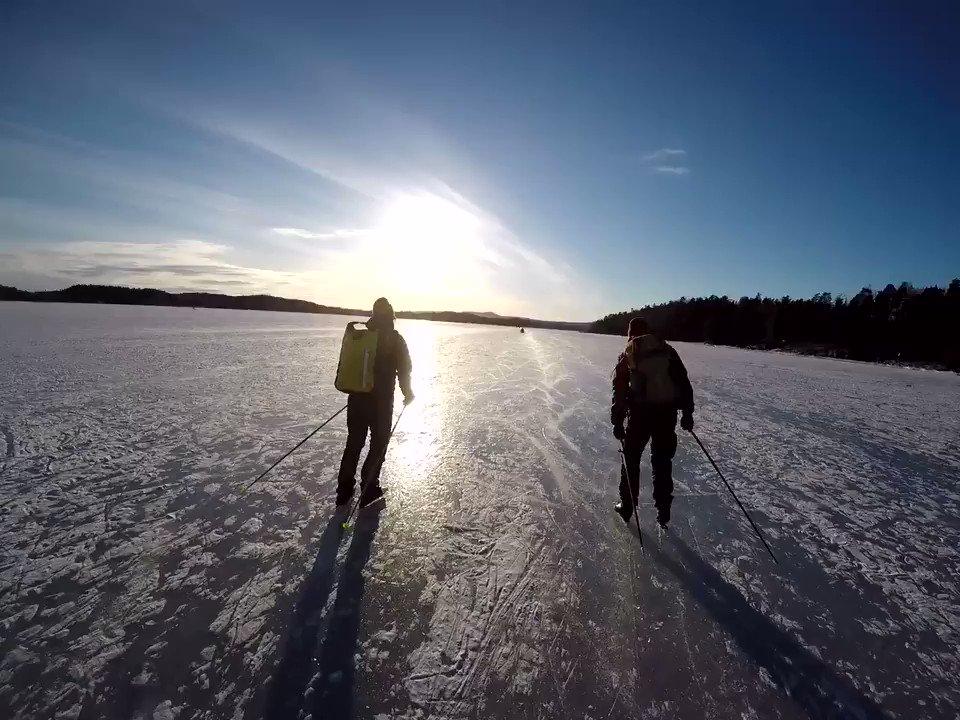 Vi tok en befaring på isen ❄️🙌 Husk: isvett, utstyr og vær forsiktig!
