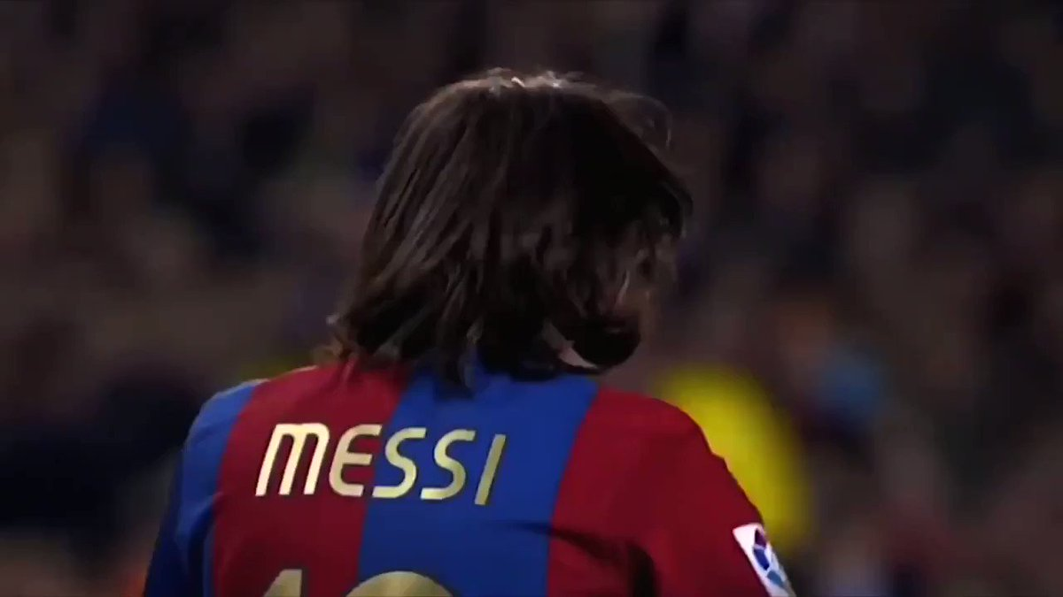 19 year old Lionel Messi was already out of this world.  Unstoppable.  https://t.co/gJvR8y6dcT