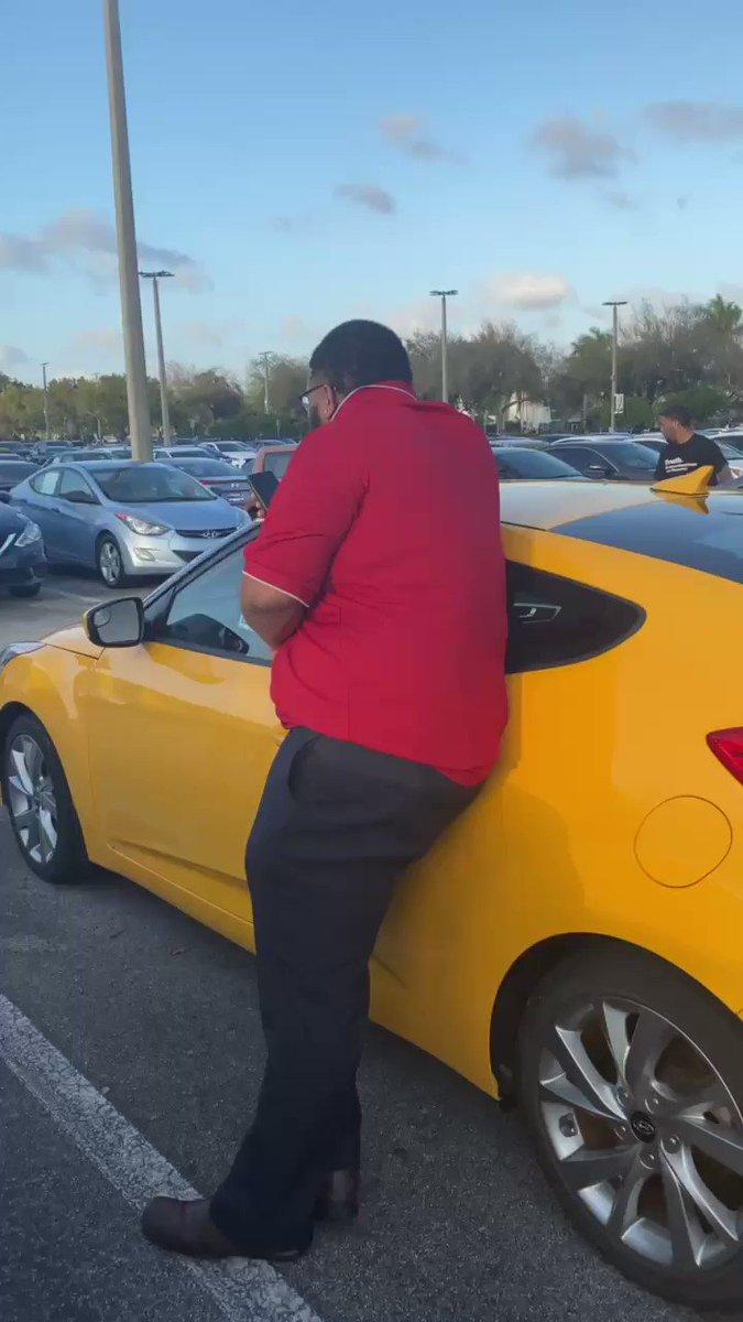 Replying to @Druski2Funny: Why Every CarLot gotta Salesman like this 😂😂😂😂😂😂