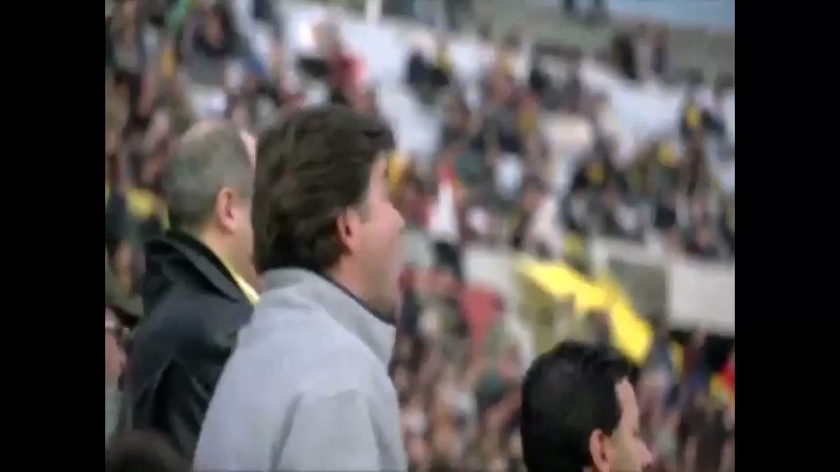Yo mirando a Peñarol: https://t.co/TaKAWQnUmm