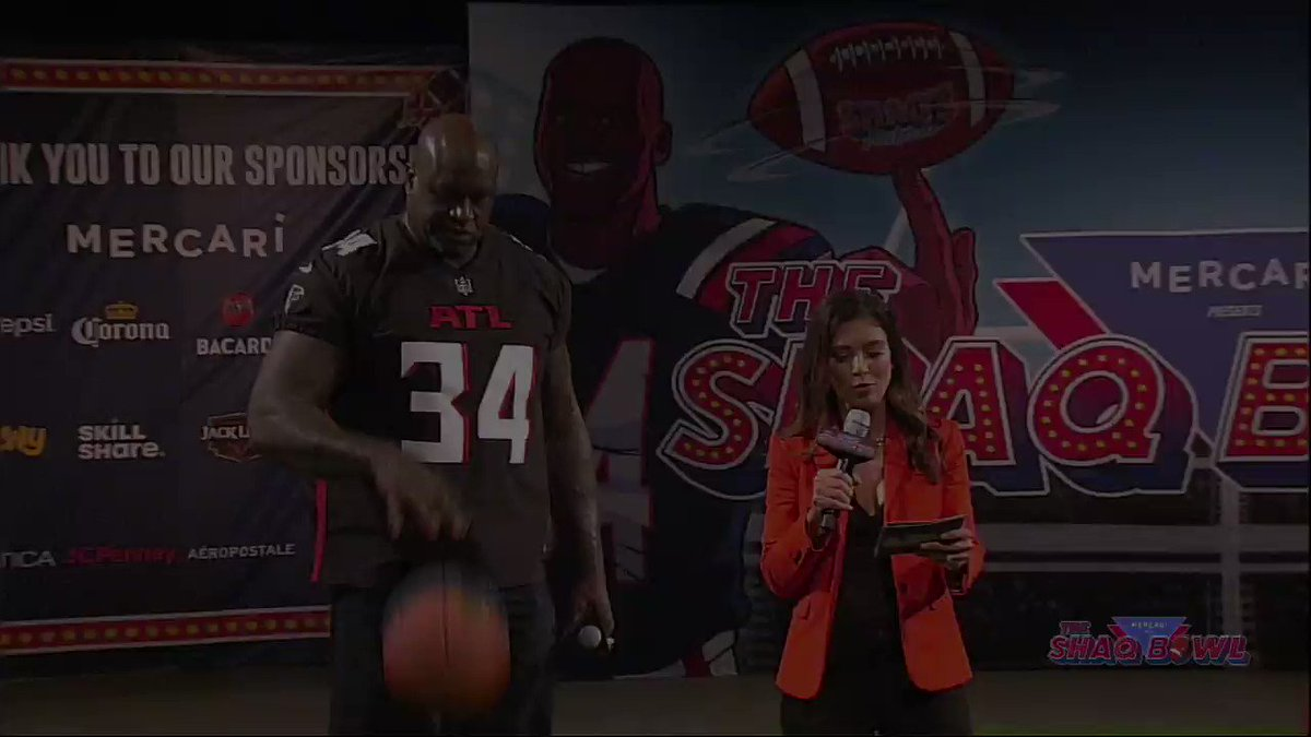 The @mercari_app #PassTheBall Challenge determined who would take home the win at The SHAQ Bowl! The #PassTheBall Challenge lives on…give your favorite items new life by listing them on Mercari today!