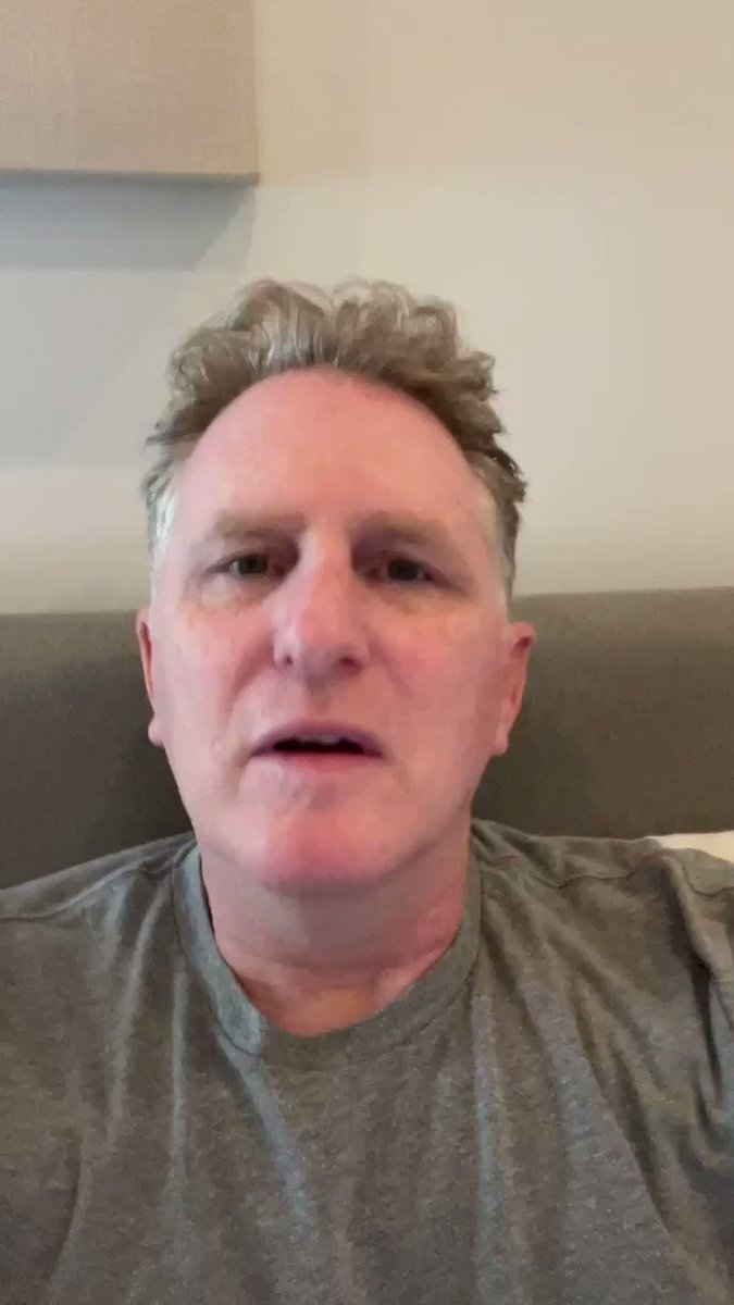 Unlikeable Lying @tedcruz   People in Texas who YOU represent don't have power, water or gas & your chinless brain thought going to Cancun would be a good idea?!   Multiple People snapped pictures of you seditious slime  @iamrapaport is live at
