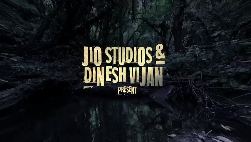 Stree apni darawani duniya mein swagat karti hai  #Bhediya 🐺   In cinemas 14th April, 2022. ❤️  @Varun_dvn @kritisanon @nowitsabhi #DeepakDobriyal @amarkaushik #DineshVijan #NirenBhatt @MaddockFilms @jiostudios