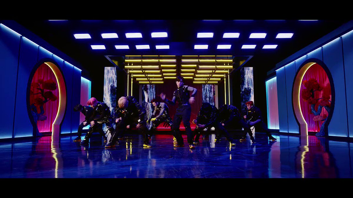 @kcforum @Creker_THEBOYZ is a 11-member South Korean boy group under Cre.Ker Entertainment. The group consists ofSangyeon,Jacob,Younghoon,Hyunjae,Juyeon,Kevin,New,Q,Juhaknyeon,Sunwoo,andEric.The Boyz debuted on December 6th, 2017. #THEBOYZ #더보이즈 @WE_THE_BOYZ