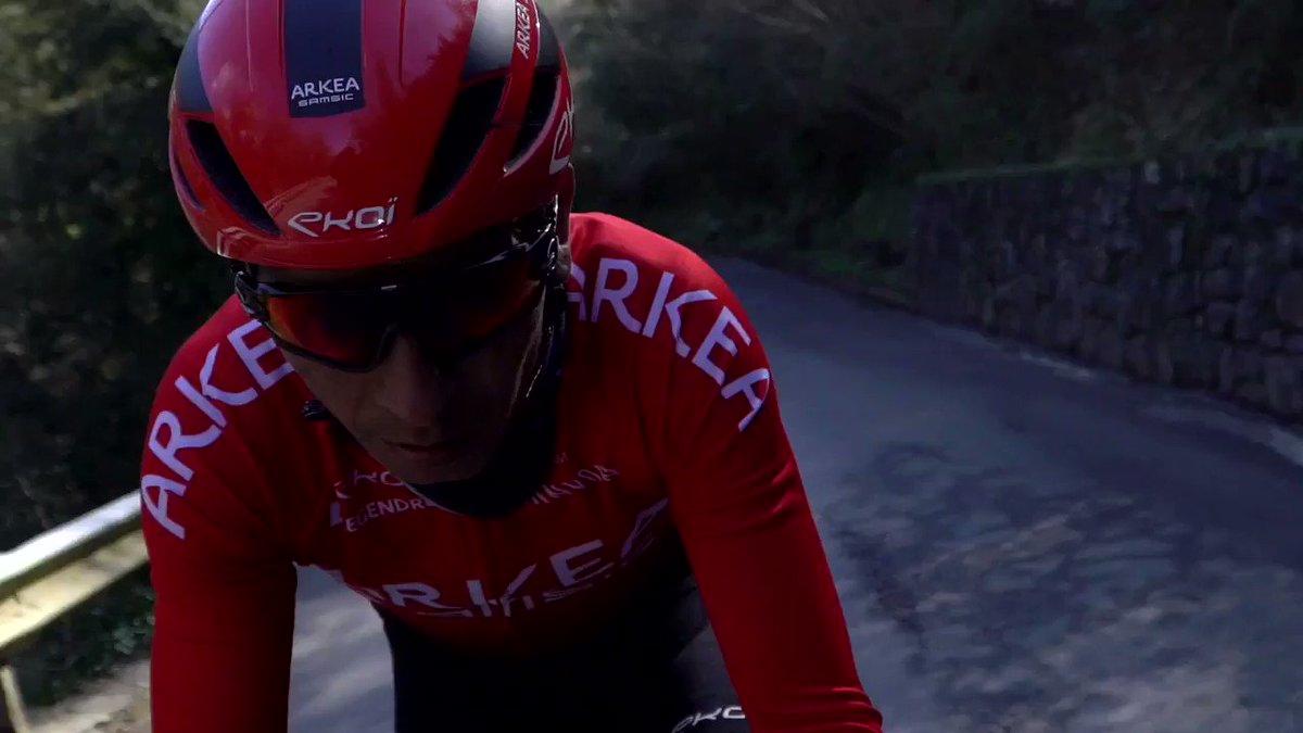 Nairo Quintana : « J'ai repris le vélo il y a environ 3 semaines et demi. J'ai mieux débuté que ce que j'imaginais ! » 👊🏽  La reprise 2021 de @NairoQuinCo 📽️ https://t.co/SKfBYaYREd