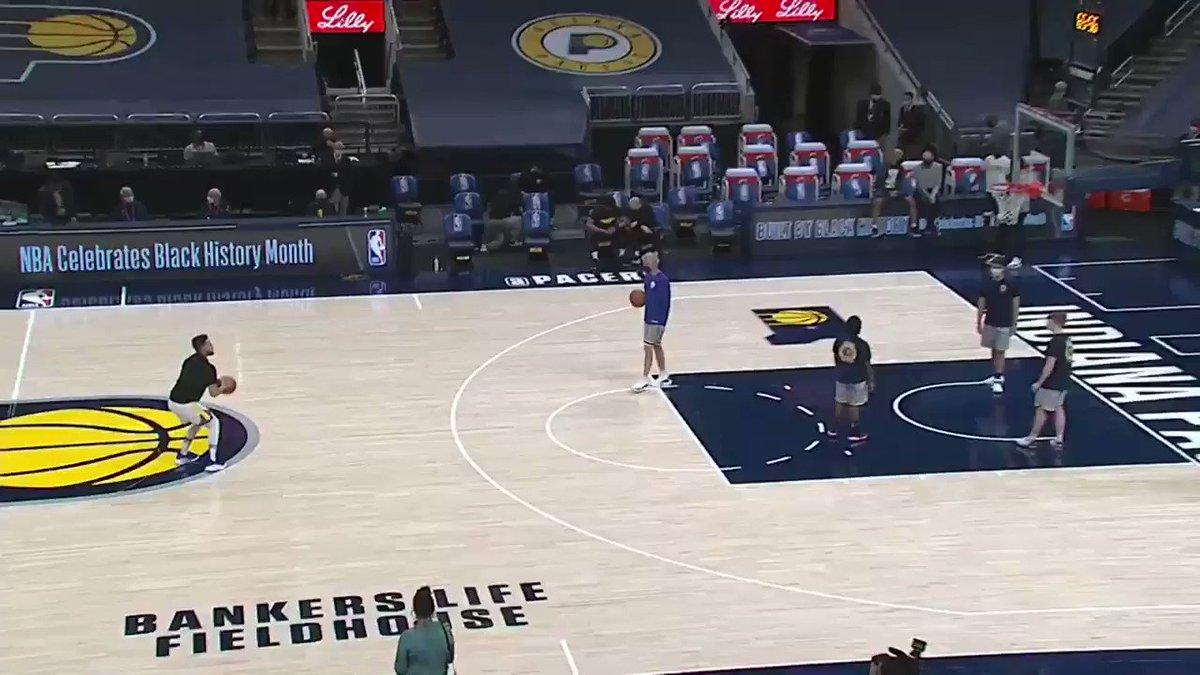 RT @sportstv: Turkine atar gibi. Steph Curry! https://t.co/TgJabo6045