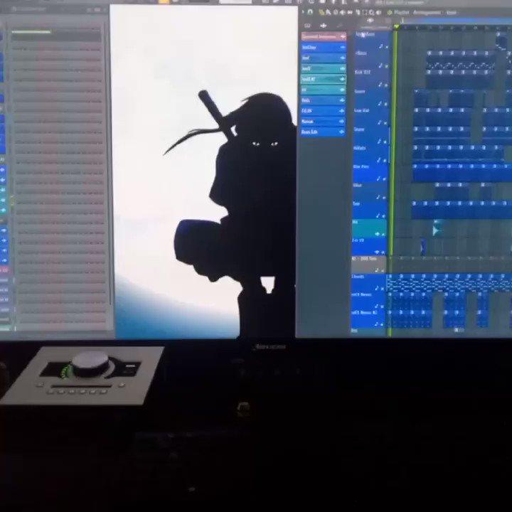 Music runs into my blood... #Remake #DanceHallTypeBeat #ecuadorian #producer #beatmaker #LaDuat #machiavellithadon #studiotime #studiolife
