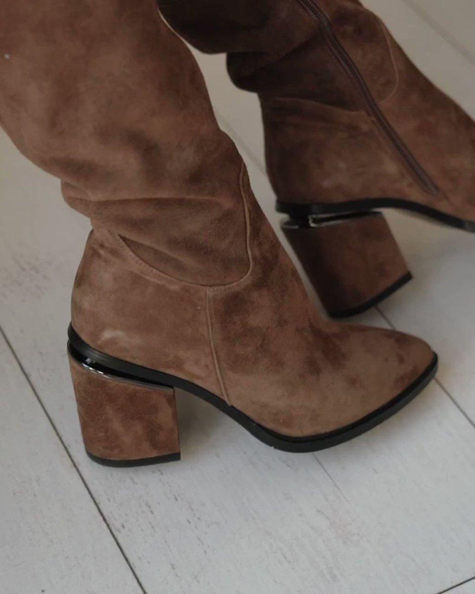 #Mascotte_рекомендует: ботфорты.  Ботфорты — очень мягкая и удобная обувь, которая стройнит силуэт и абсолютно не сдавливает ногу при долгой ходьбе. В общем, сплошные плюсы! 😍  Ботфорты купить ≫https://t.co/ymRP1hldDj Кроссбоди купить ≫https://t.co/rwofeFiwNW https://t.co/KoCYoy7D1t