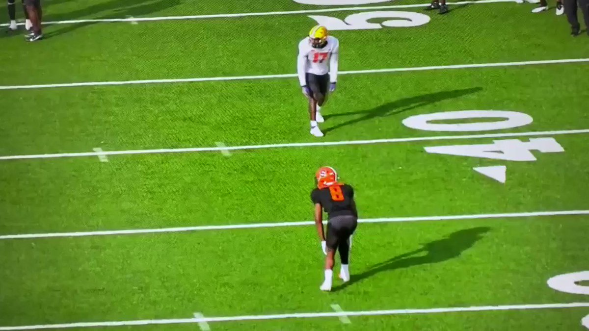 After watching Surtain, Farley, and Horn (all good players) there isn't enough talk about @CuseFootball CB Ifeatu Melifonwu. Hard to find guys with @Ifeatu_Mel prototype measurables (6025v, 212v, 3218  arm, 8018 wing) that transition & trigger like this. #TheDraftStartsInMobile