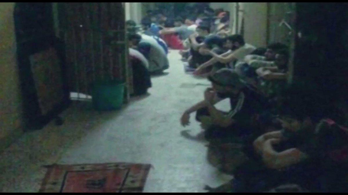 مجددا صرخة #لسجناء_الرأي من داخل #سجن_جو..  فكونوا إلى جانبهم مع اقتراب #شهر_رمضان  •  نعاني تضييق على #الشعائر_الدينية.. ومصادرة #الأدعية ومنع إدخالها •  يغلقون المنفذ الوحيد لكي لا نسمع صوت الآذان  •  يتعمدون تأخير وجباتنا إلى ما بعد #الآذان #البحرين #الإضطهاد_الطائفي