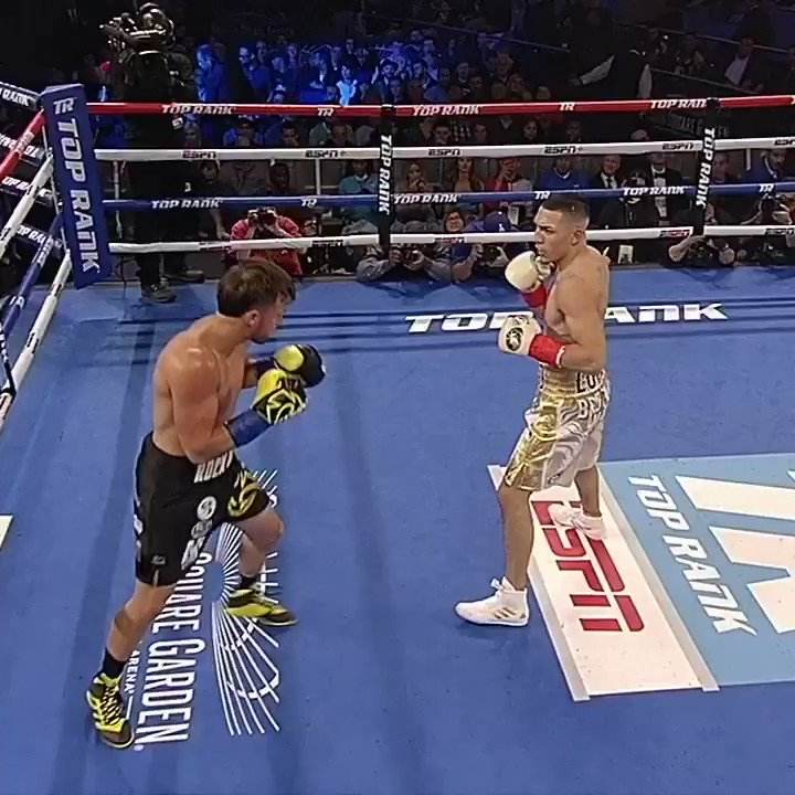 It's guaranteed fireworks whenever @TeofimoLopez is in the ring💥 #LopezKambosos