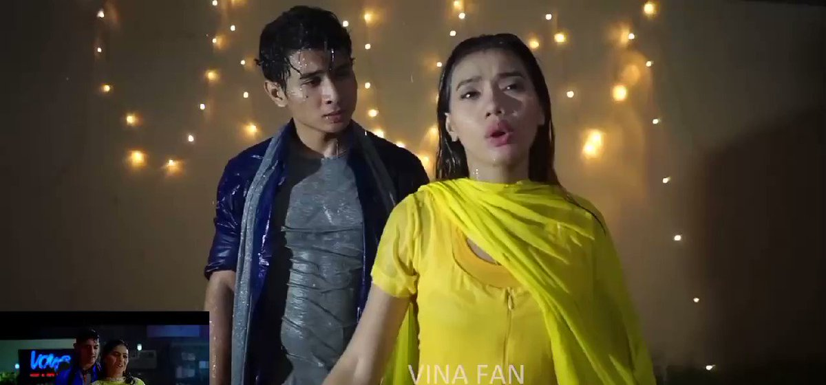 @itsKajolD Hi @itsKajolD @aamir_khan This video DEKHO NA - FANAA    VINA FAN version re create parody, from INDONESIA Please give your opinion @SunidhiChauhan5 @kunalkohli #adityachopra @TeamKajol @Aamir__Online @yrf @aamirsmkp @Thataamirs_DJ7 @TheAAMIRking