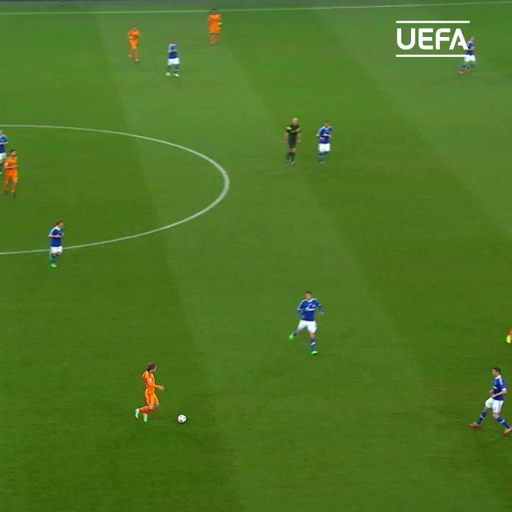 📆 Fue un 26 de febrero de 2014...  😱 Schalke 🆚 Real Madrid 1⃣-6⃣  #UCL https://t.co/O0ORkcyB87