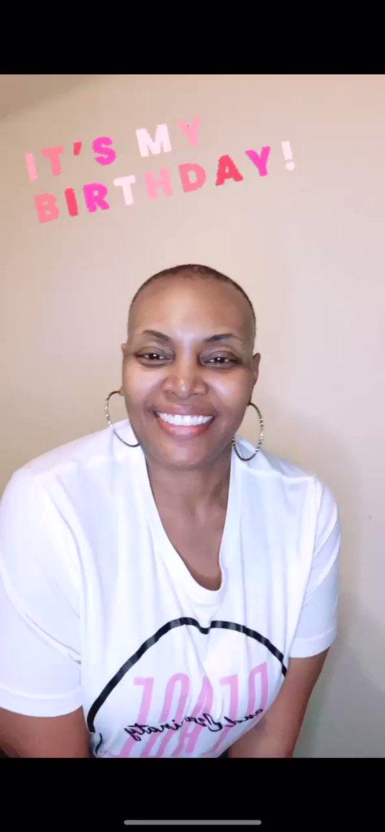 #Bald #Beautiful #PeaceMode #issavibe #Friday #PeaceSquad #BreastCancer #goodvibesonly #blackgirlmagic #minoritymentalhealth #Stress #mentalhealthawareness #breastcancerwarriors  #birthdaygirl👑 #piscesseason #PeaceNCzarinaty #sanfrancisco #SFBayarea #DFW #Dallas