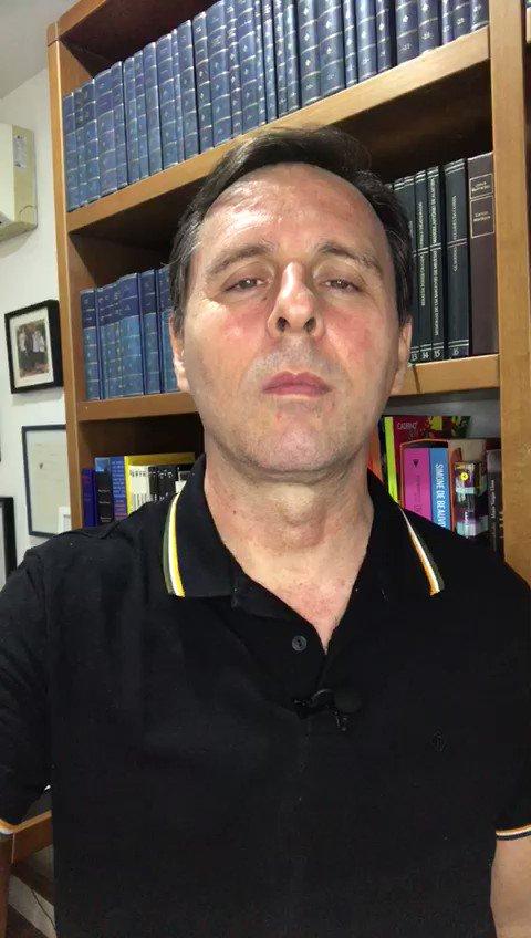 O repórter Marcelo Canellas conta um pouquinho da volta do quadro 'Quem é Meu Pai?', que volta neste domingo, no #Fantástico. Dá uma olhada 👀.