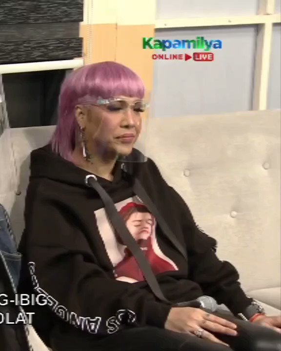 "Replying to @baysbudol: ""Ion dance *sinayaw yung tuhod tuhod*"""