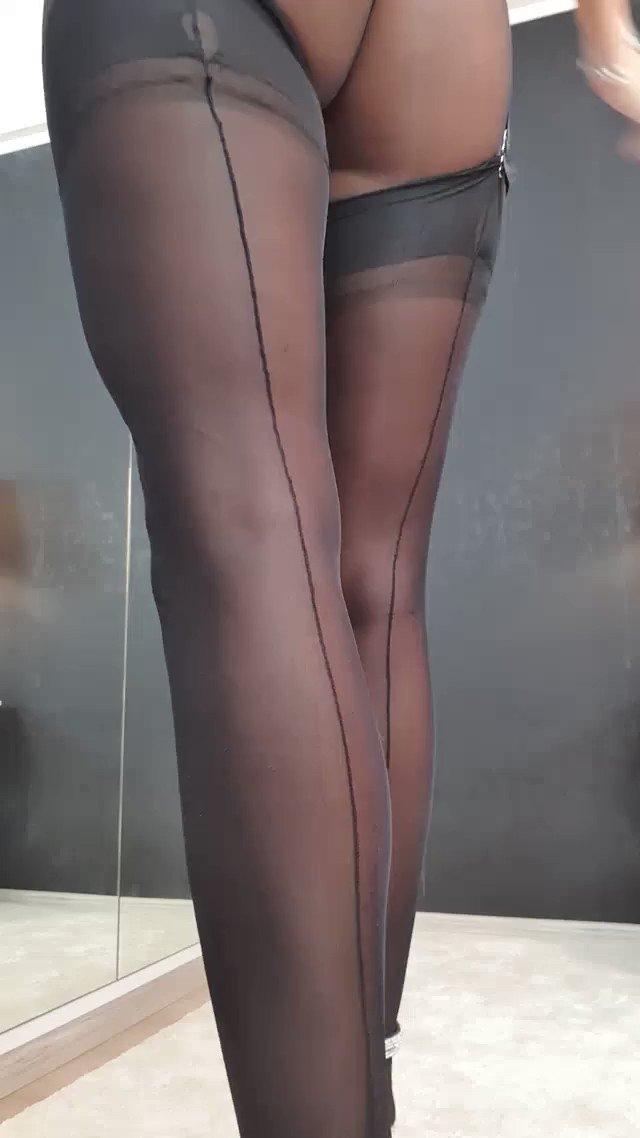 Model - Annelyce feet
