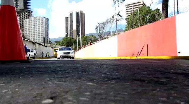 ¡Por ♥️ a Caracas! Continúan los trabajos de embellecimiento al Inicio de la Av Libertador, recuperando este espacio para la vida junto a la @AlcaldiadeC, @MObras_Publicas, Corpoelec y el poder popular . ¡Unidos Venceremos! @NicolasMaduro @dcabellor @PartidoPSUV #PrevenirEsSalud