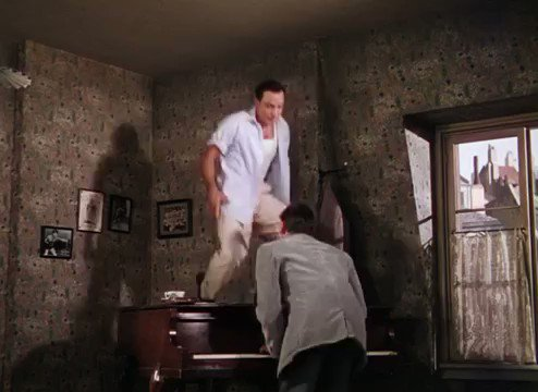 An American in Paris (Vincente Minnelli, 1951). Tra-la-la (This Time Its Really Love) (Music by George Gershwin / Lyrics by Ira Gershwin / Performed by Gene Kelly and Oscar Levant).