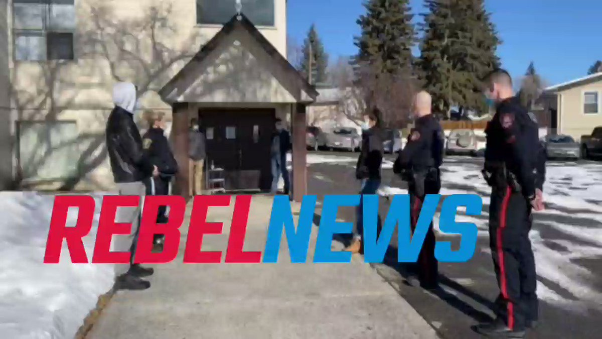 I accuse Nenshi's @CalgaryPolice of breaking Criminal Code section s. 176(2), disturbing a religious gathering. They walked right into a church service with their guns. That's illegal in Canada. Source: https://t.co/Y0t8OauTrj https://t.co/0ljKGNGVqi