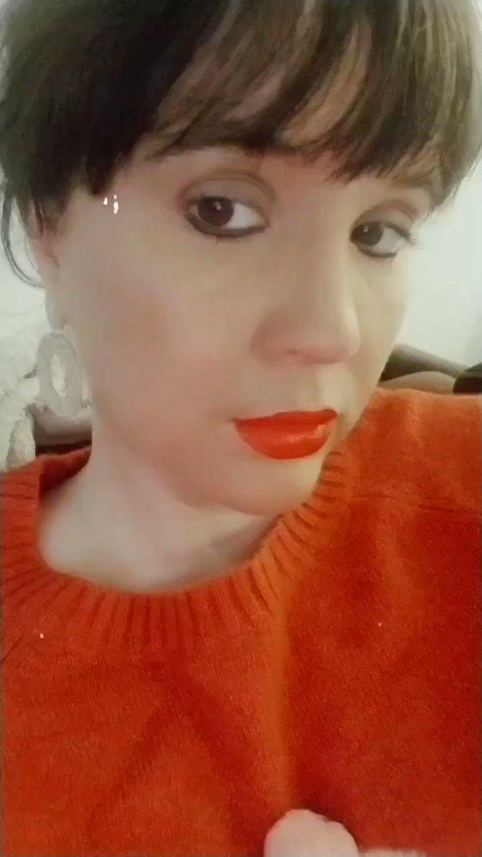 #selfie #SelfieSunday ❣💋❣💋 @Sephora 💋 @SHEIN_official #earrings #glam #makeup #beauty #fashionista #socialista #bangsfordays #werk ❣💋❣💋