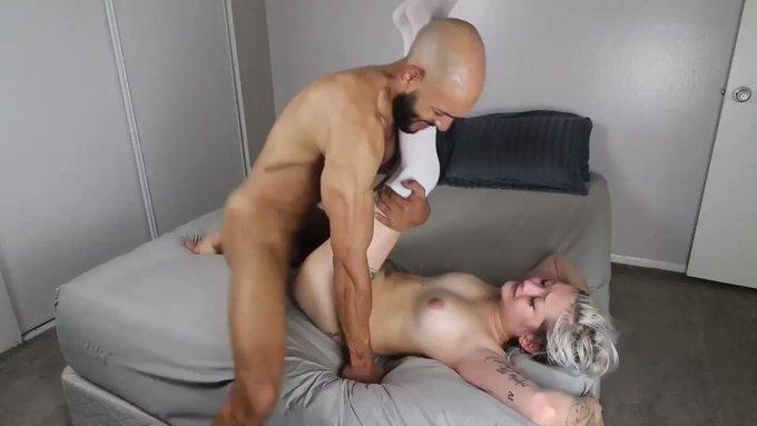 Another vid sold! Alex de La Flor Sex Tape Pt 2 https://t.co/3MpL6VUDaU #MVSales #MVBoys https://t.c