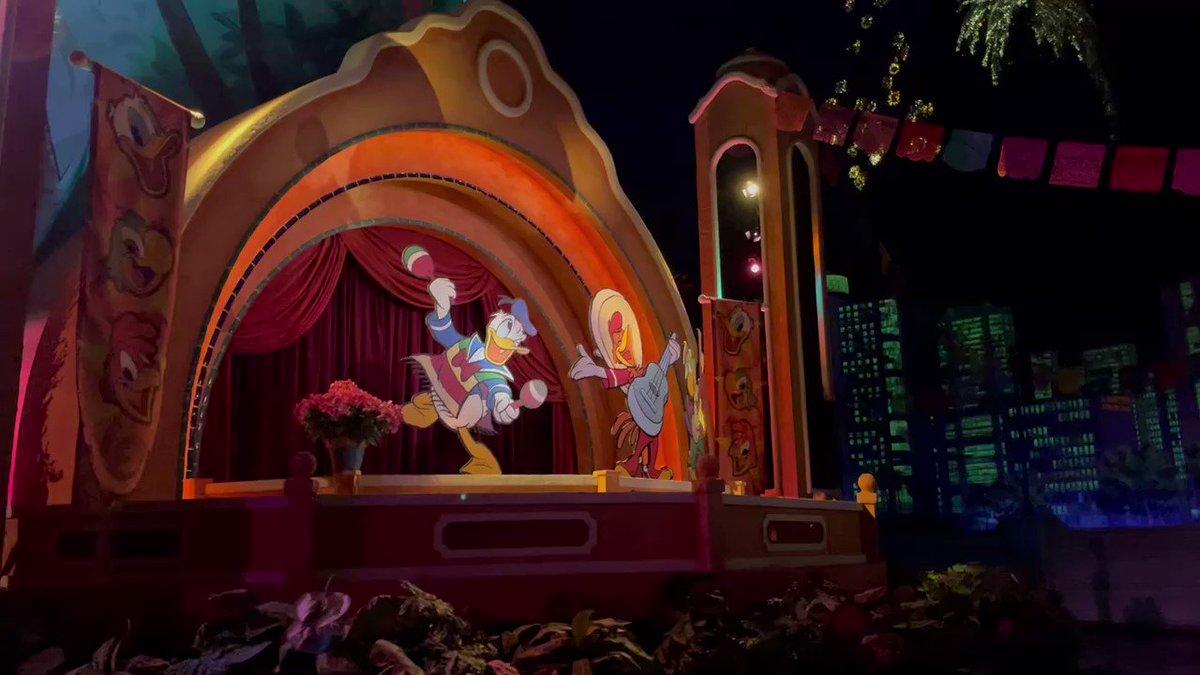 三人の騎士のグラン・フィエスタ・ツアー残念ながらアニマトロニクスが消えた。。。。  #ディズニーワールド  #フロリダディズニー #海外ディズニー