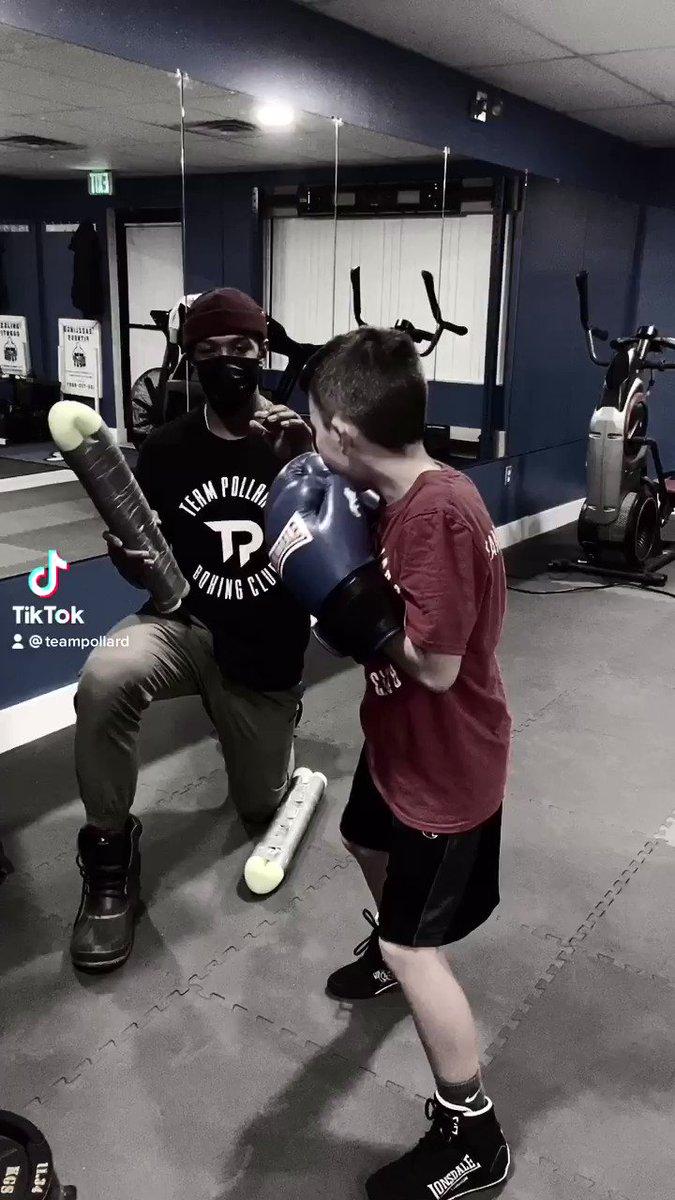 #mittworkmonday  #boxingfundamentals #youthboxing #kidsboxing #boxing #boxingdaily #boxingclub #boxingtraining #boxingandfitness #boxingbootcamp #boxingworkouts #boxingdiscipline #boxingday #fitnessmotivation #boxinglife #workoutmotivation #boxfit #boxinglife #🥊