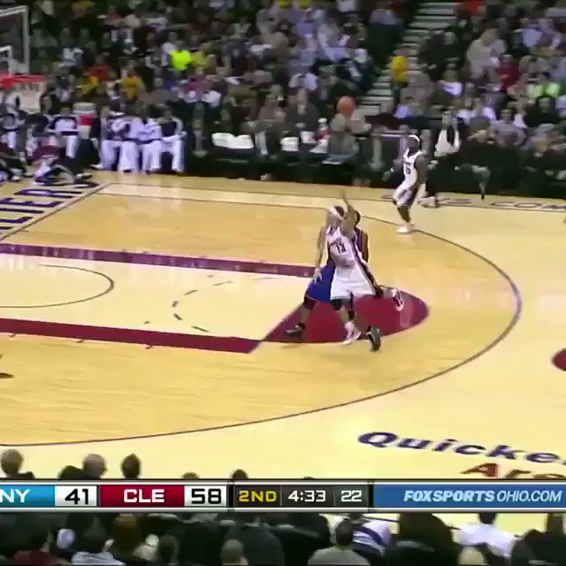 On this date in 2010, LeBron threw down this ridiculous reverse alley. 🚀 https://t.co/ljqcERwBj5